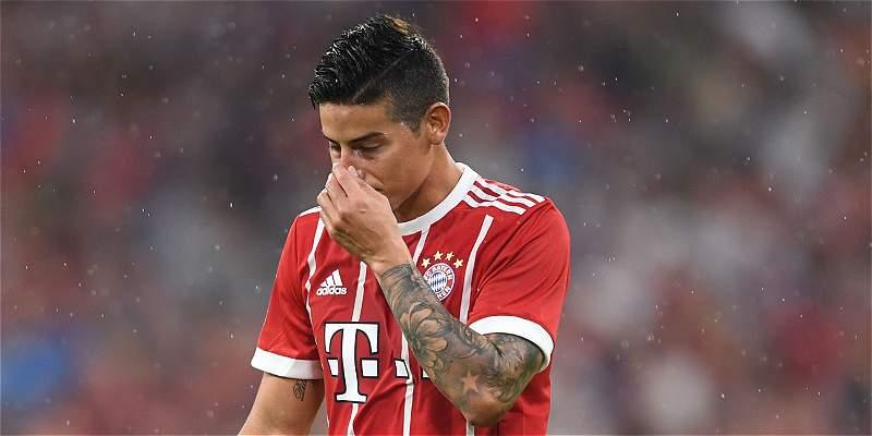 James no viajó con Bayern Múnich a Leipzig por problemas en su espalda