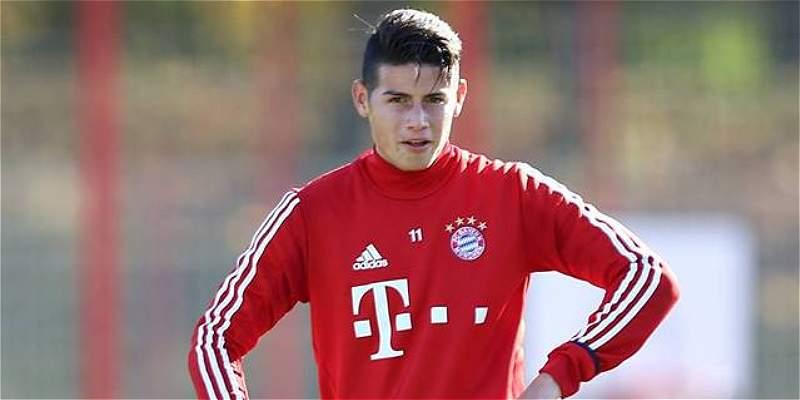 James volvió a entrenar con Bayern tras superar molestia en la espalda