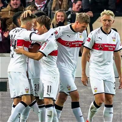 Stuttgart aprovechó las penurias del Friburgo y lo derrotó 3-0