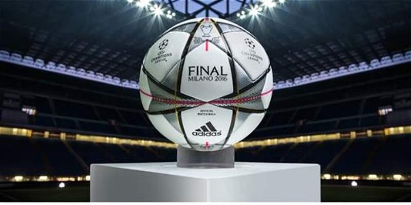 Sé el primero en tener el balón de la Champions League