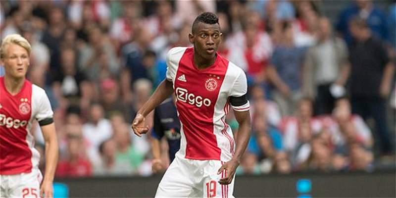 Ajax, con Casierra 58 minutos, empató 1-1 con PAOK en la Champions