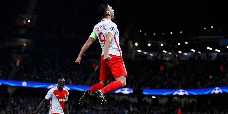 Mónaco no pudo defender su ventaja y cayó 5-3 contra Manchester City