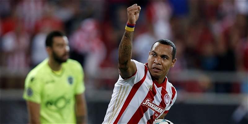Doblete de Pardo en Champions, pero Olympiacos cayó 2-3 con Sporting