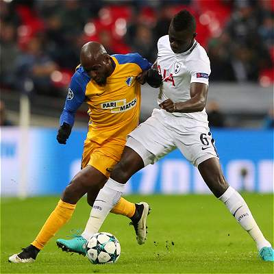 Tottenham confirmó su primer lugar venciendo 3-0 a Apoel Nicosia