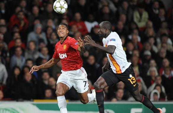 Manchester United ganó en su debut en la Liga de Campeones, derrotó 1-0 a Galatasaray.