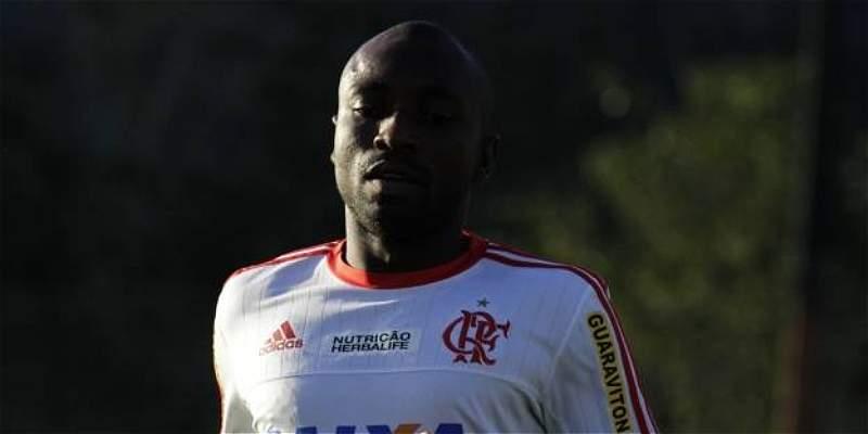 Pablo Armero jugó 70 minutos en el triunfo 3-0 de Flamengo sobre Avaí