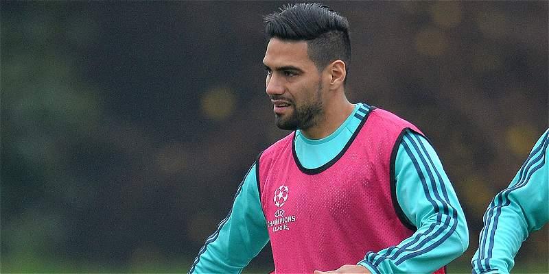 A Falcao le notificaron que no sigue en Chelsea, según prensa inglesa