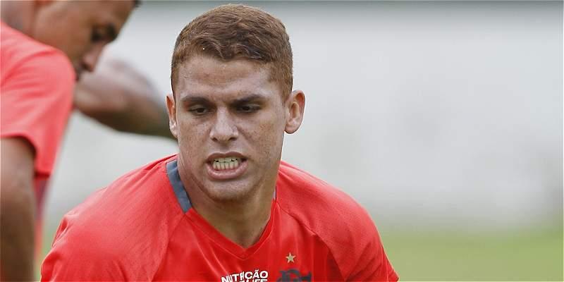 Cuellar jugó 61 minutos en la derrota 4-2 de Flamengo, en Suramericana