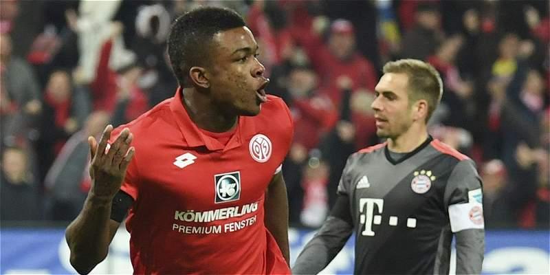 Gol de Jhon Córdoba no evitó la derrota 1-3 del Mainz contra Bayern