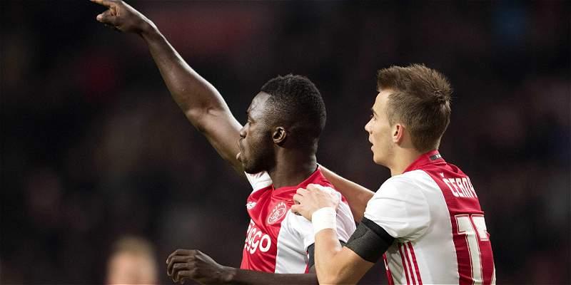 Dávinson Sánchez anotó gol en la victoria 2-0 de Ajax sobre Groningen