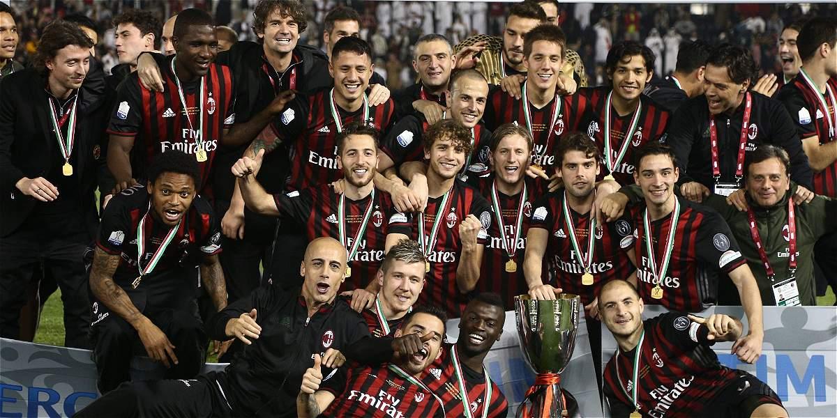 Así festejaron Bacca y Zapata su título de la Supercopa de Italia