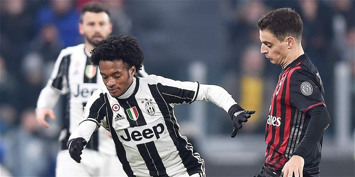 Con gran actuación de Cuadrado, Juventus venció 2-1 a Milan en la Copa