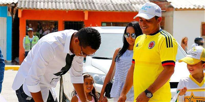 Bacca disfruta de la calle que lleva su nombre en Puerto Colombia