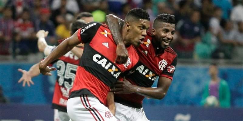 Orlando Berrío marcó el gol del triunfo de Flamengo sobre Bahía