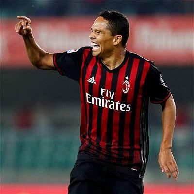 ¿Carlos Bacca no seguirá en el Milán? Su DT sugirió esa posibilidad