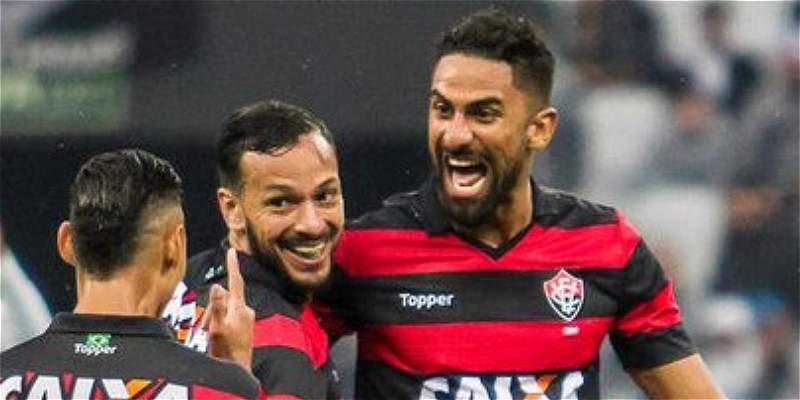Santiago Tréllez le quitó un invicto de 34 partidos a Corinthians