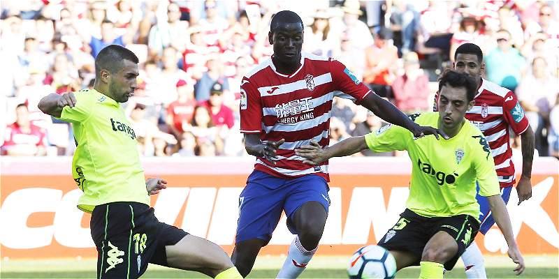 Ramos se lesionó y estará más de un mes sin jugar en Granada