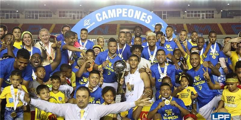 Richard Parra campeón en Panamá con Chorrillo