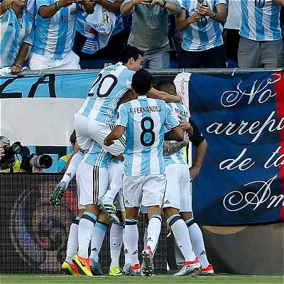 Argentina llega a semifinales de la Copa por octava vez desde 1987