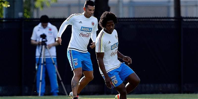 Carlos Sánchez, otro de los que se transforma con la Selección