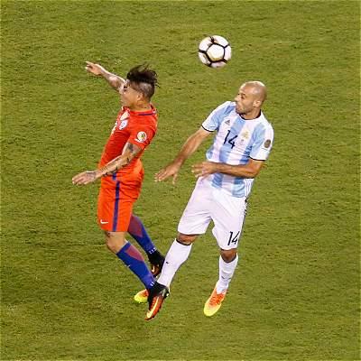 Ocho chilenos y tres argentinos en el equipo ideal de la Copa América