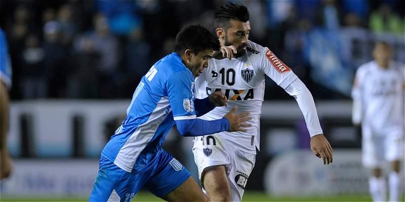 Racing y Roger Martínez, a dar la sorpresa y superar a Mineiro