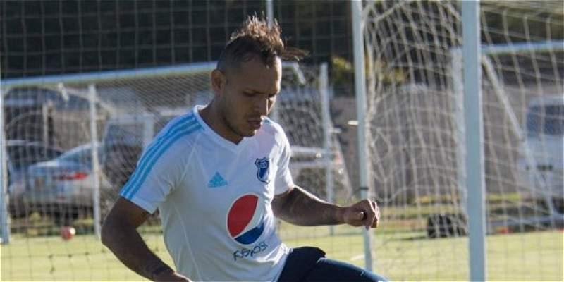 Juan Guillermo Domínguez, baja en Millonarios frente a Paranaense
