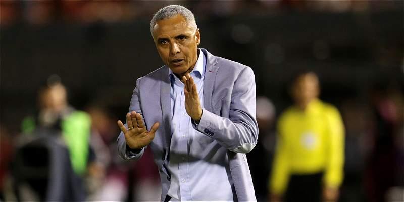 Con gol agónico de Roque Santa Cruz, Olimpia venció 3-1 a I. del Valle