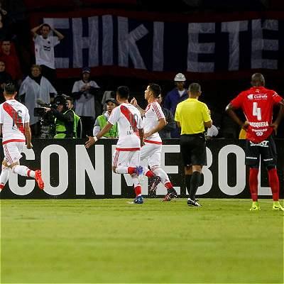 Medellín se 'enlagunó' en su debut copero: perdió 1-3 con River Plate
