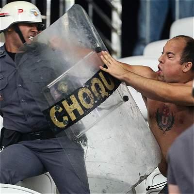 Enfrentamientos de hinchas en Brasil