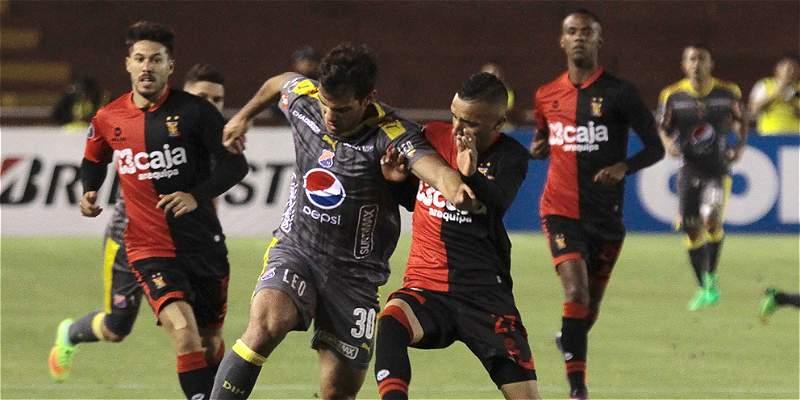 Medellín recupera terreno en la Copa Libertadores: venció 1-2 a Melgar