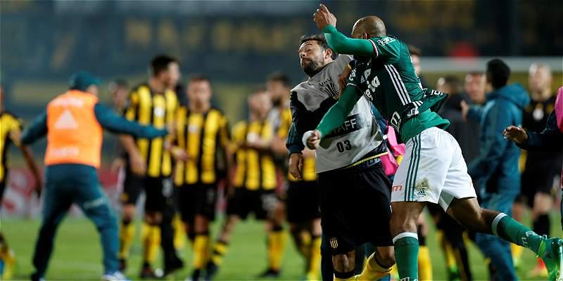 Conmebol suspendió con 3 partidos a 4 jugadores por gresca en la Copa