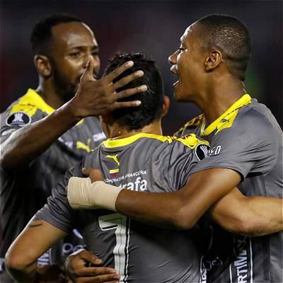 Medellín le ganó 1-2 a River pero quedó eliminado de la Libertadores