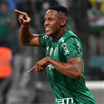 Yerry Mina, el líder de la zaga de Palmeiras contra Barcelona