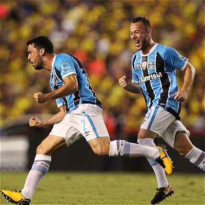 Gremio goleó a Barcelona y perfiló la semifinal de Copa Libertadores