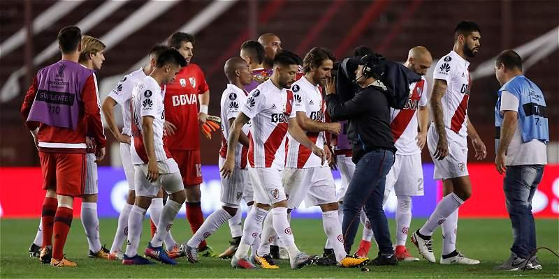 River Plate se queja del VAR