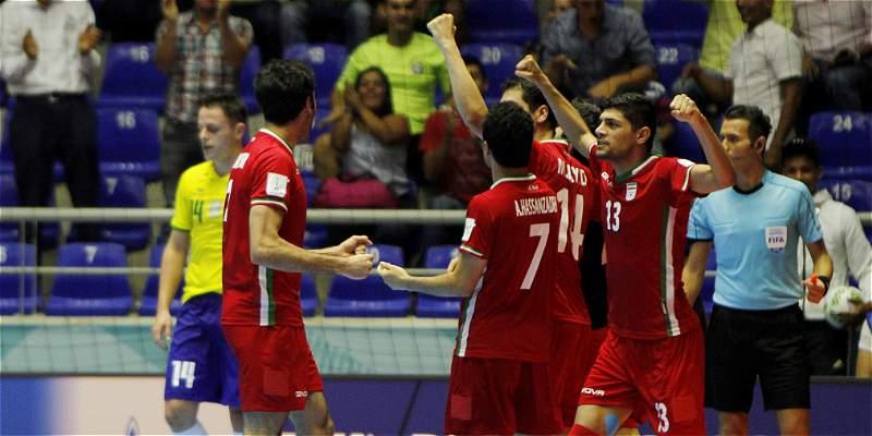 Irán no cree en pronósticos: eliminó a Brasil, desde el punto penalti