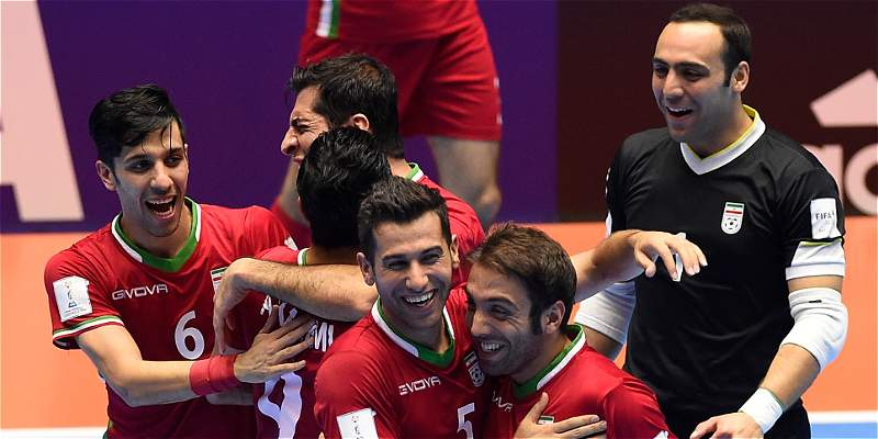 Irán avanzó a semifinal del Mundial, después de ganar 3-4 a Paraguay