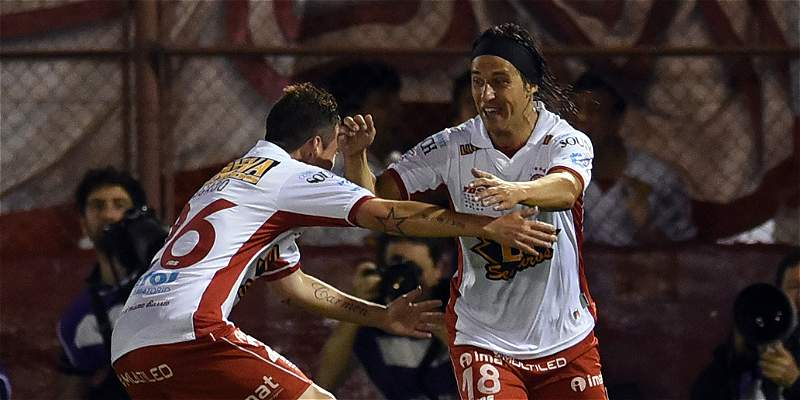 Este es Huracán, el rival de Santa Fe en la final de la Suramericana