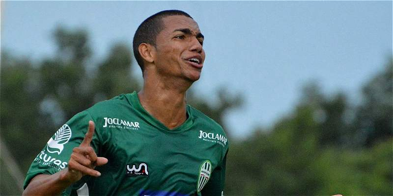 Thiaguinho Chapecoense
