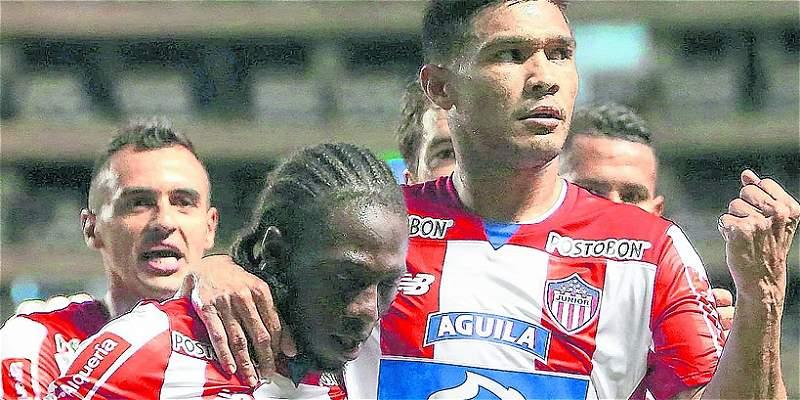 Teófilo y Chará se perfilan como titulares en Junior en el partido de vuelta en Copa Suramericana.