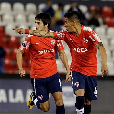 Independiente goleó a Nacional y sueña con semifinal de Suramericana