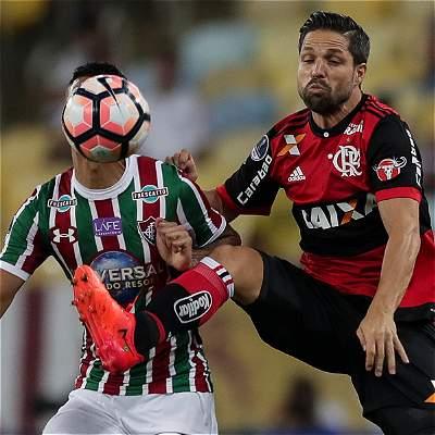 El Flamengo venció 0-1 a Fluminense en el clásico de Copa Suramericana