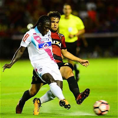 Junior y un gran triunfo en Brasil: 0-2 a Sport Recife en Suramericana