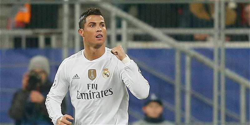 Cristiano Ronaldo y su fallida bicicleta, que generó risas en Ucrania