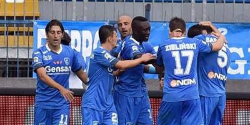 A cachetadas, así se entretienen los jugadores del Empoli de Italia