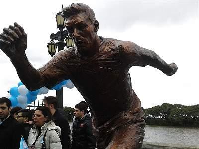 Estatua de Lionel Messi (galería)
