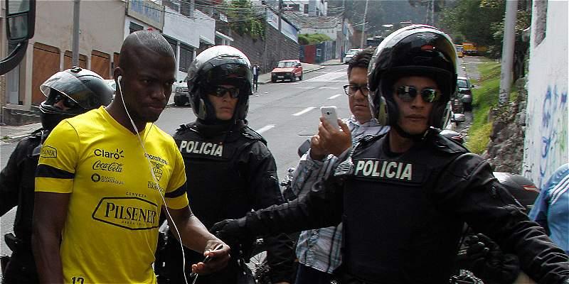 A Enner Valencia intentaron detenerlo por atraso en pago de alimentos