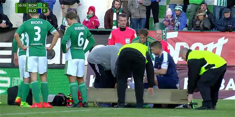 Susto y reacción solidaria de un jugador que le salvó la vida al rival