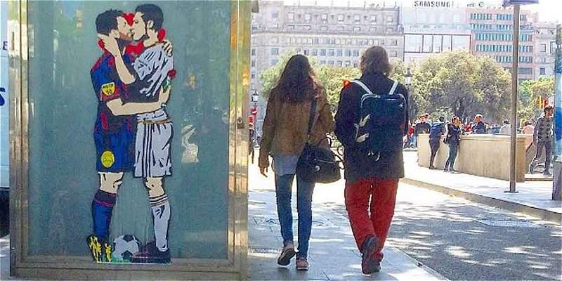 Beso entre Messi y Cristiano